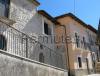 Complesso di 8 abitazioni in pietra nel Borgo di Roccacasale AQ
