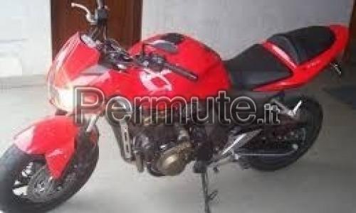 Kawasaki z750 rossa del 2004